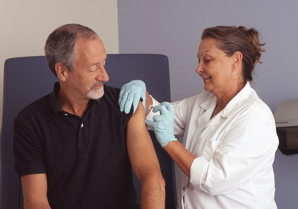 Premiers essais cliniques de vaccins chez l'homme: meilleures pratiques, réglementations et besoin de réglementations